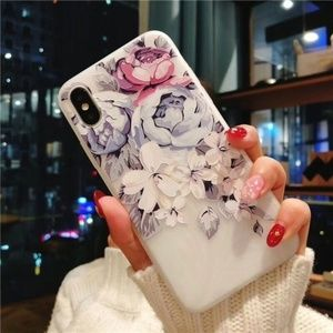 NEW iPhone X/XS/Max/XR/7/8+ Floral Soft case